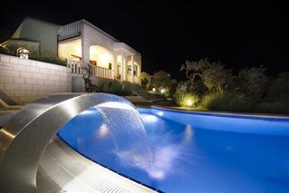 Luxusyachten mit pool  FERIENWOHNUNGEN in MAKARSKA Kroatien - Ferienhaus Makarska mit ...