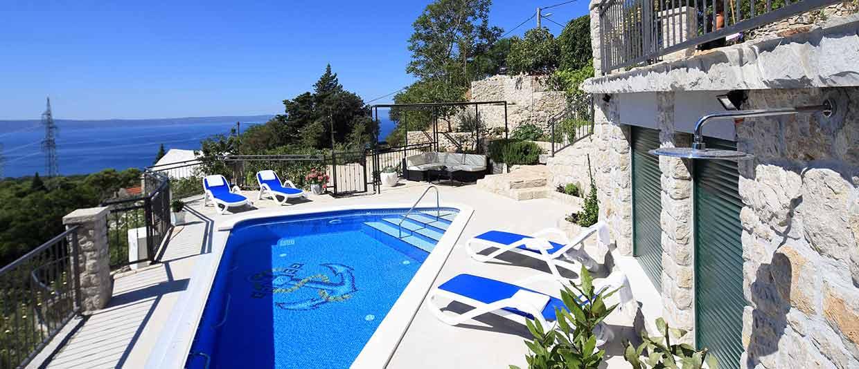 Villen und ferienh user mit pool in kroatien makarska for Kroatien villa mit pool