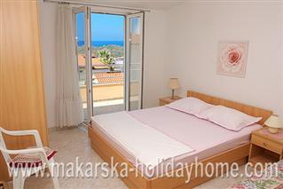 G nstige ferienwohnung in makarska kroatien for Billige einzelbetten